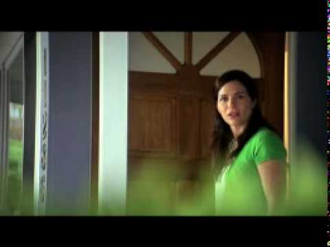 Who's That Lady | Swiffer Sweeper Vac Commercial Song
