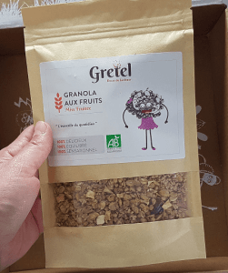 granola_fruits_gretel_box