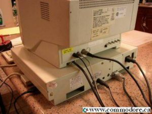 Commodore-128D_Back