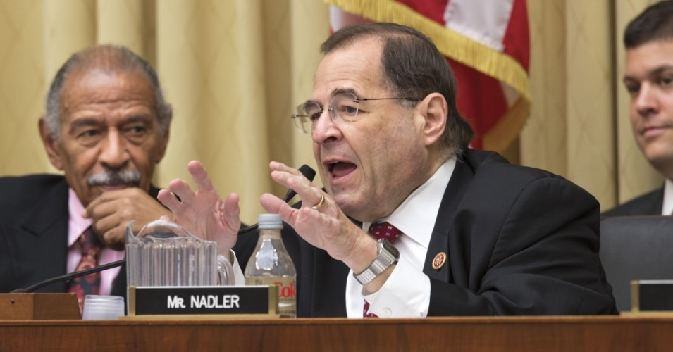 """Rep. Jerrold Nadler (D-N.Y.) filed a """"resolution of inquiry"""" that calls on federal agencies to share material from investigations into President Donald Trump's impeachable conflicts of interest. (Photo: AP)"""