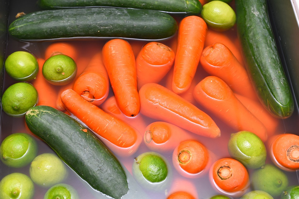 Are fruit and vegetable washes safe and effective?