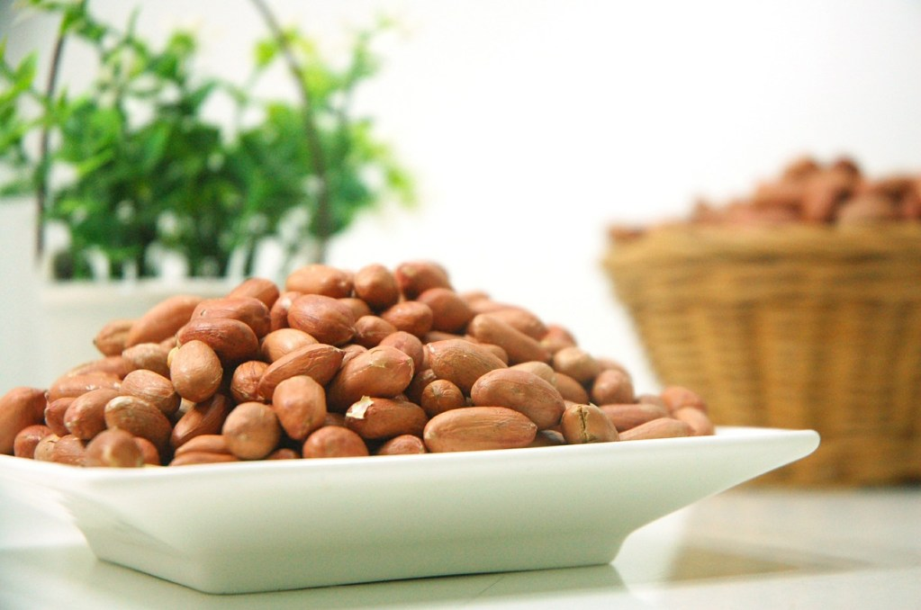 Is eating peanuts every day good for you?