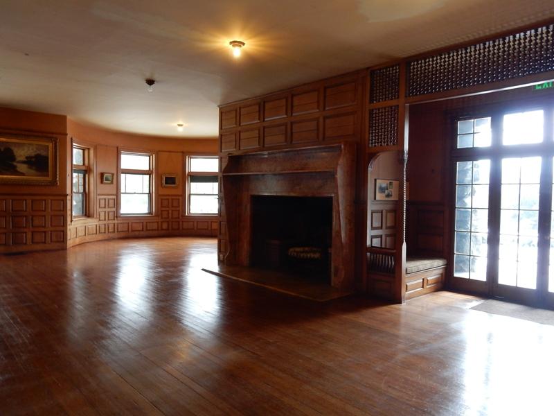 Stonehurst ballroom