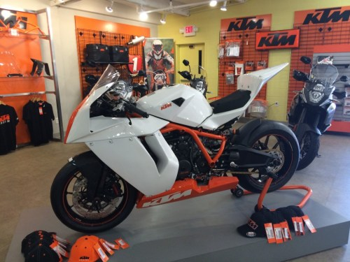 small resolution of 2012 ktm 1190 rc8 r track ultimate track day warrior