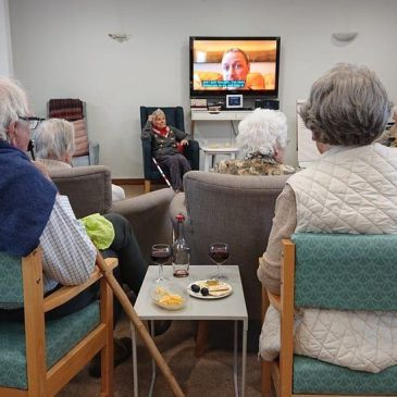 Social care – communists call for service reform and staff pay rise.