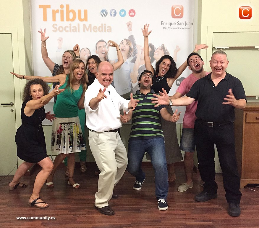 tribu social media community internet talleres intensivos practicos redes sociales