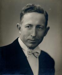 Ralph R. Atkinson *