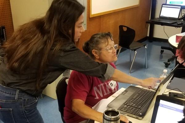 Digital Skills Classes for Parents in Austin