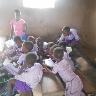 Image of Students in primary school of Otenkope in Ghana
