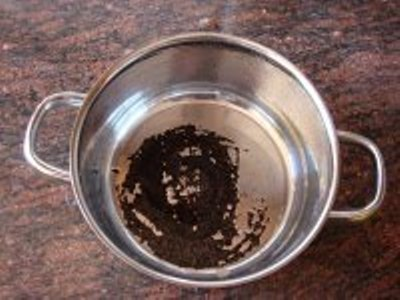 Cmo limpiar las ollas quemadas