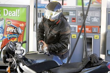 Como Gastar Menos Gasolina na Moto