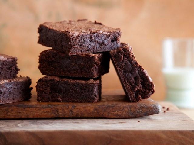 hacer brownie en el microondas