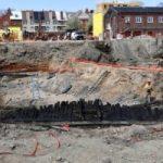 El asombroso hallazgo de tres barcos del siglo XVIII enterrados en una calle de Virginia