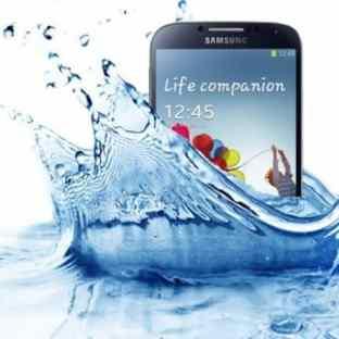 reparar celular mojado