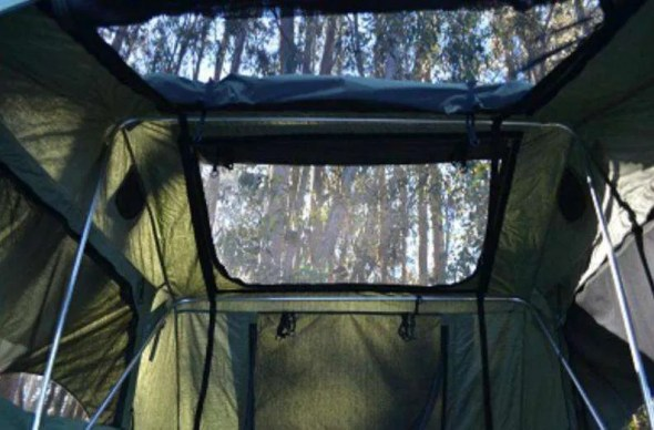 Roof Top Tent with Sky Window