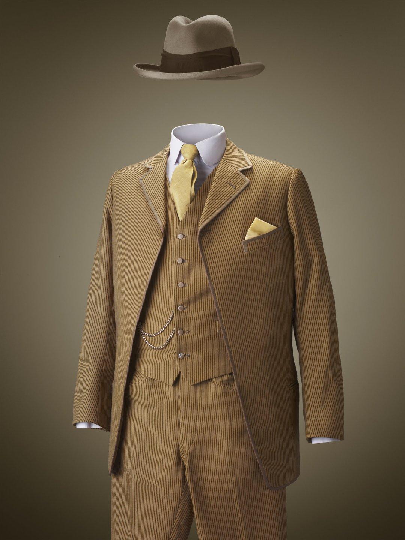 19001920  La compagnie du costume