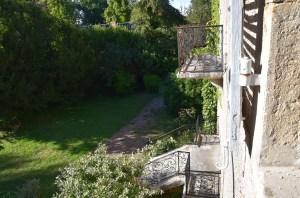 Manoir - vue du jardin sur l'arrière