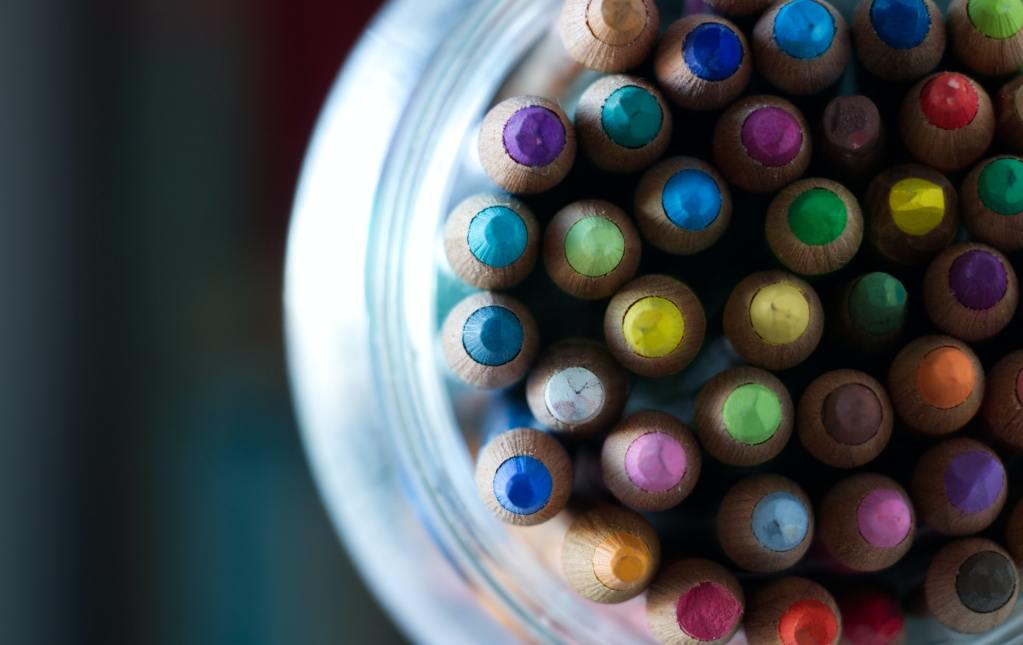 Colour of Your Office Impacts Happiness