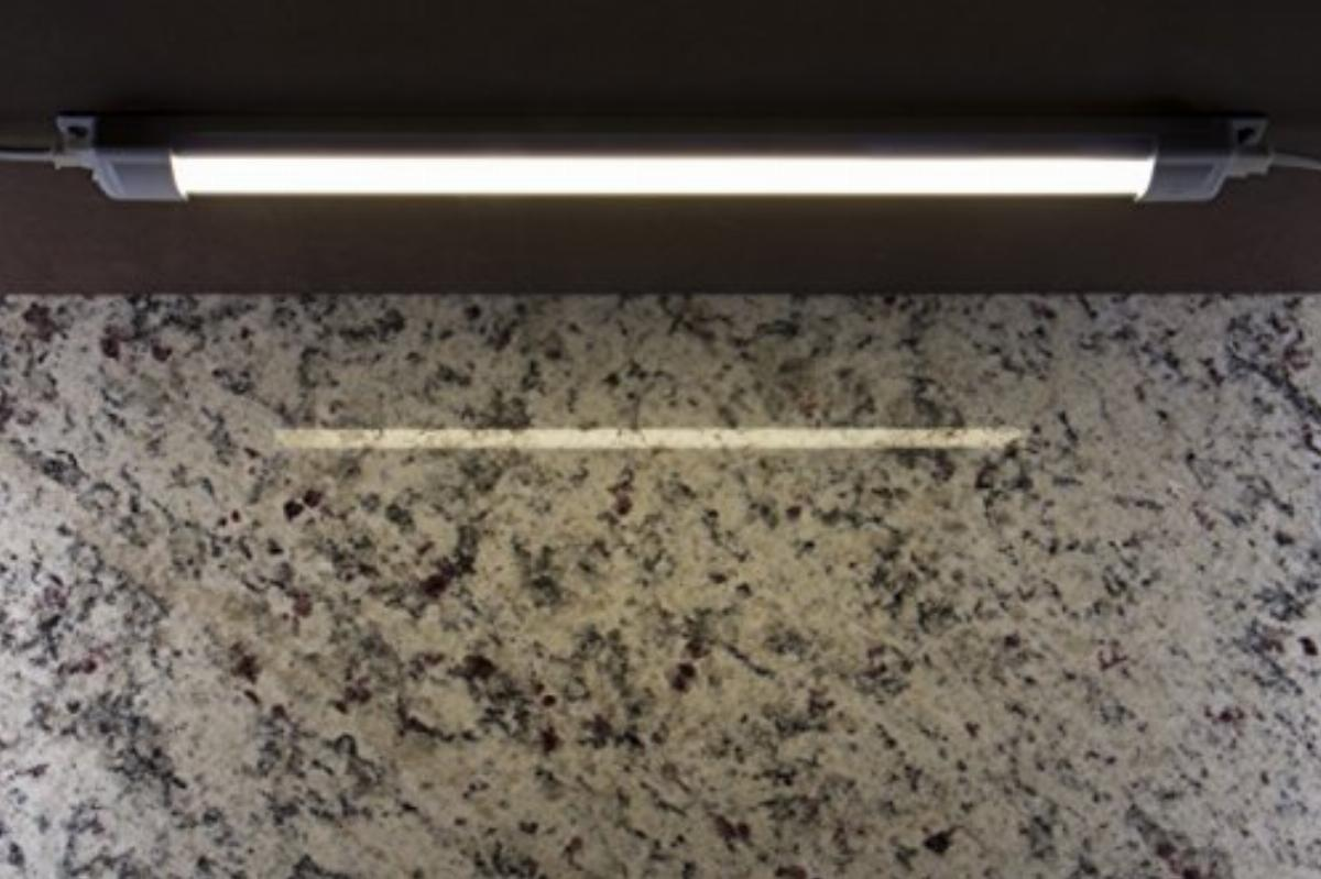 ge 38847 premium led light bar 36 inch under cabinet fixture plug in convertible to direct wire linkable 1220 lumens 3000k soft warm white