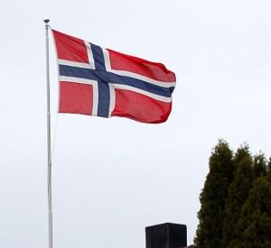 Photo by Hans-Petter Fjeld