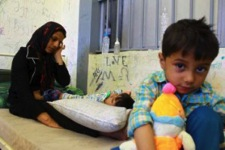 A mother and her children at a detention centre in Greece (Photo: UNHCR/J.Björgvinsson)