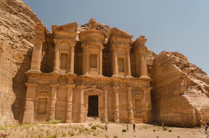 El Monasterio (Ad-Deir) en Petra, Jordania.