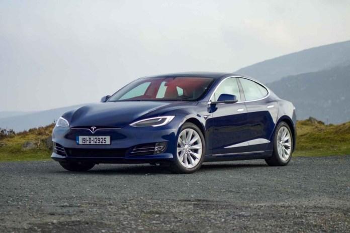 Tesla Model S 100d Long Range 2019 Reviews Complete Car