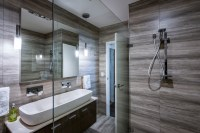 Touch of luxury: clean bathroom design - Completehome