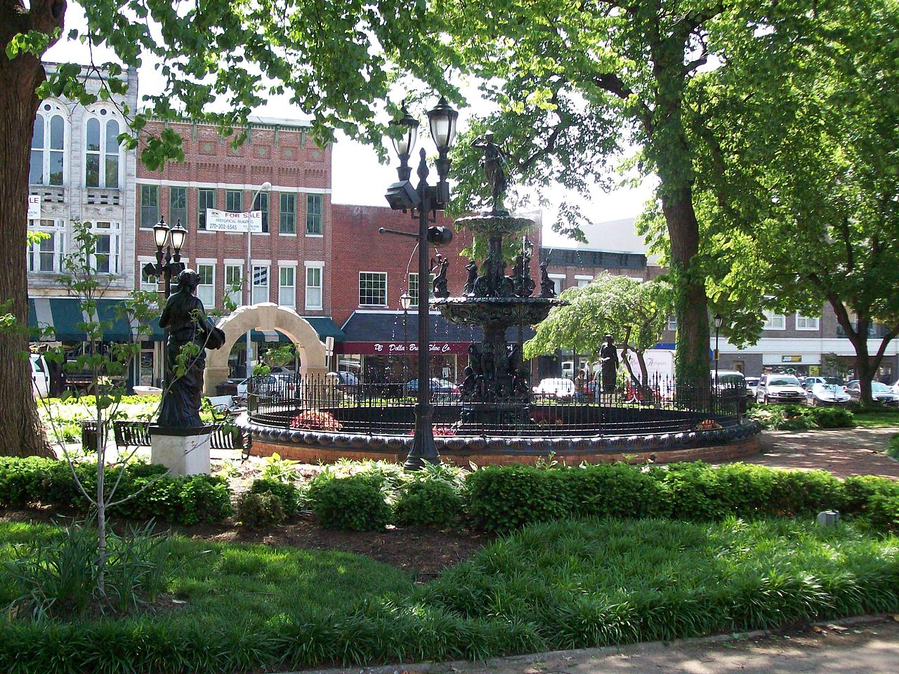 Fountain_Square_Park,_Bowling_Green,_Kentucky