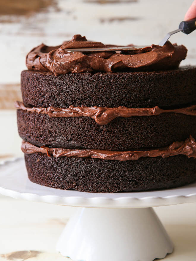 How To Build A Layered Cake Completely Delicious