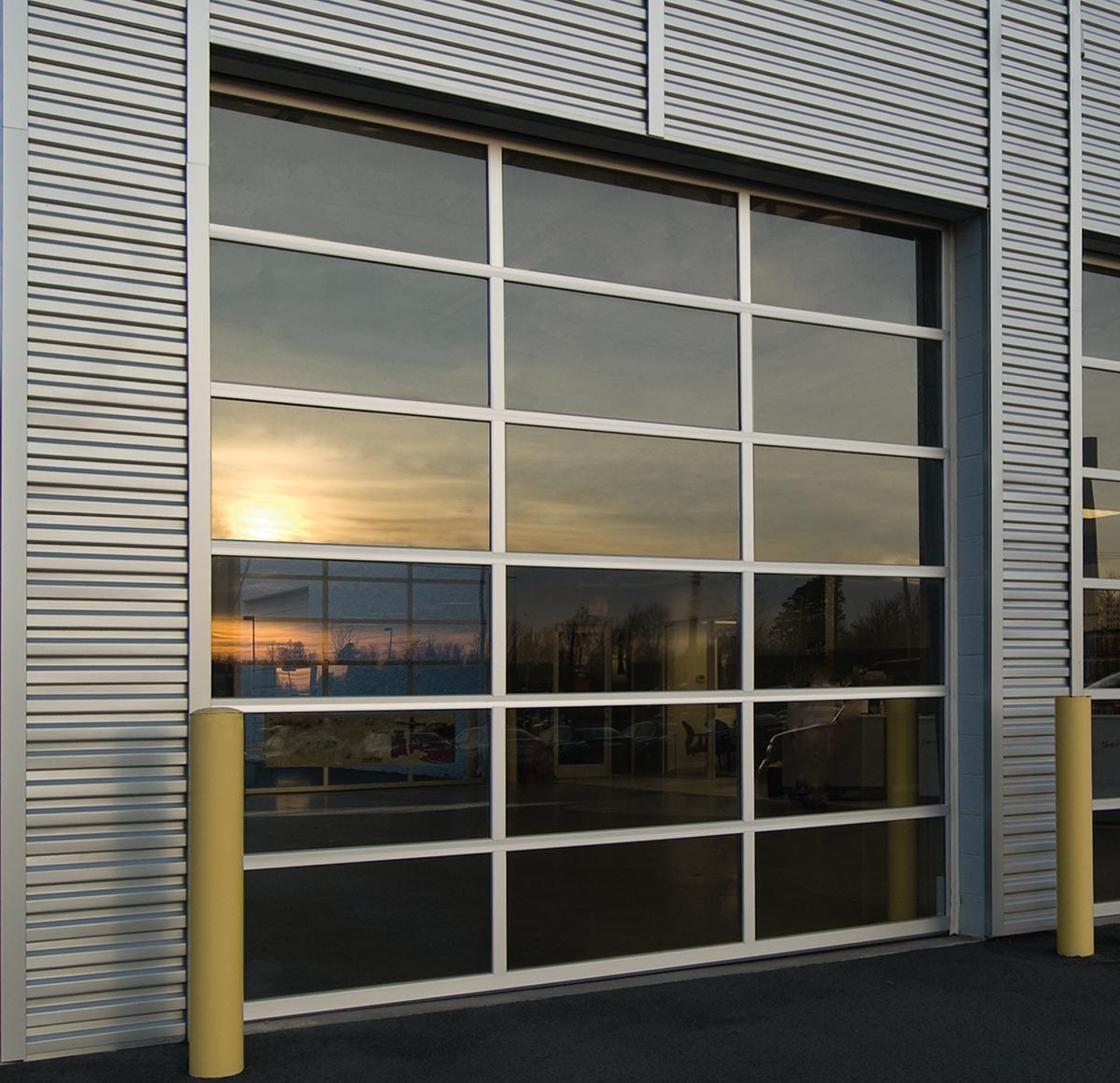 Commercial Roll Up & Overhead Garage Doors in Lewisville