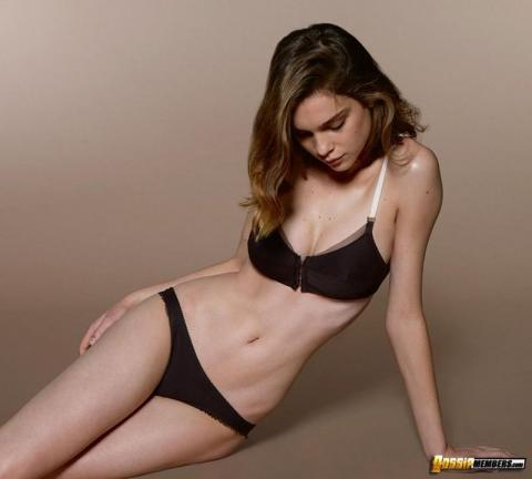 Kim Noorda Sexy Scene Lingerie Model Softcore Athletic Babe