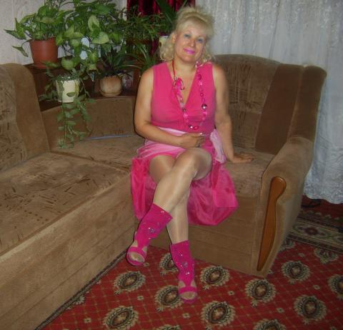 Cami Granny Average Naughty Very Horny Posing Hot Gorgeous