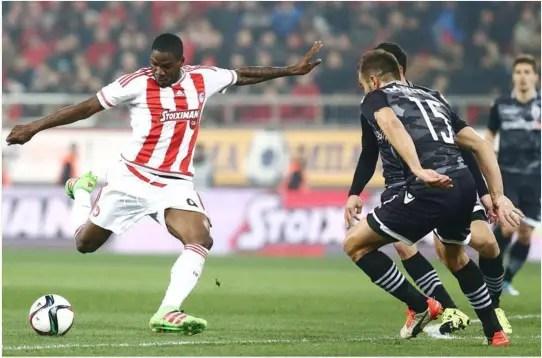 Ideye Celebtates Olympiacos' 21-Match Unbeaten Run