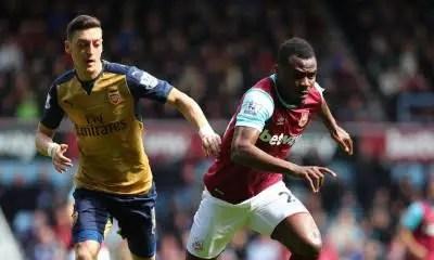 West Ham Fans Attack, Praise Emenike After Draw Against Arsenal
