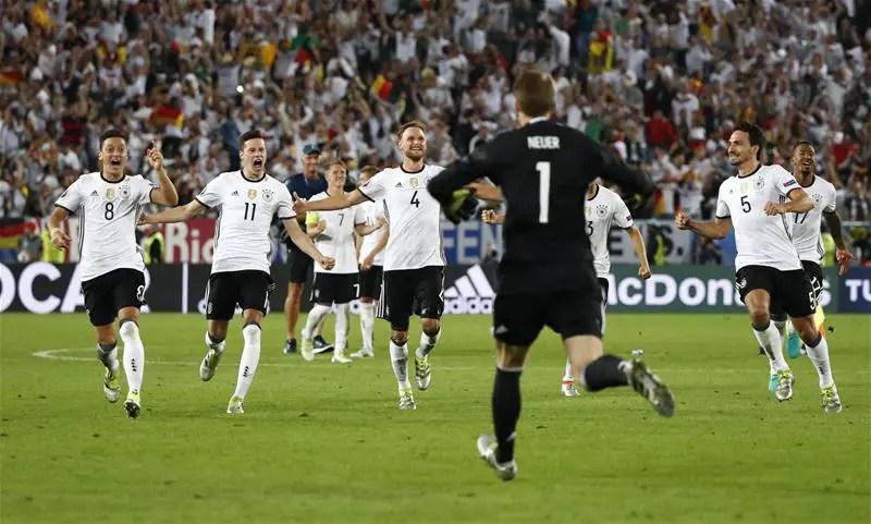 Germany End Italy Hoodoo On Penalties, Reach Semis