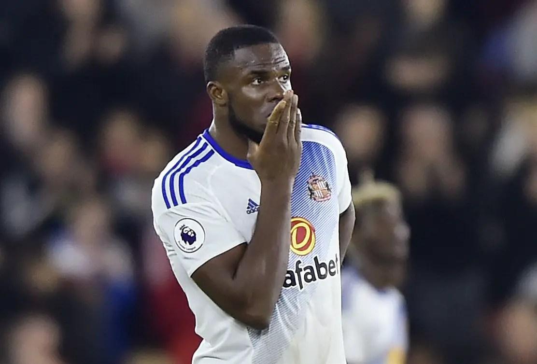 "Moyes: ""Terrific"" Anichebe Had Injury Scare Against Bournemouth"