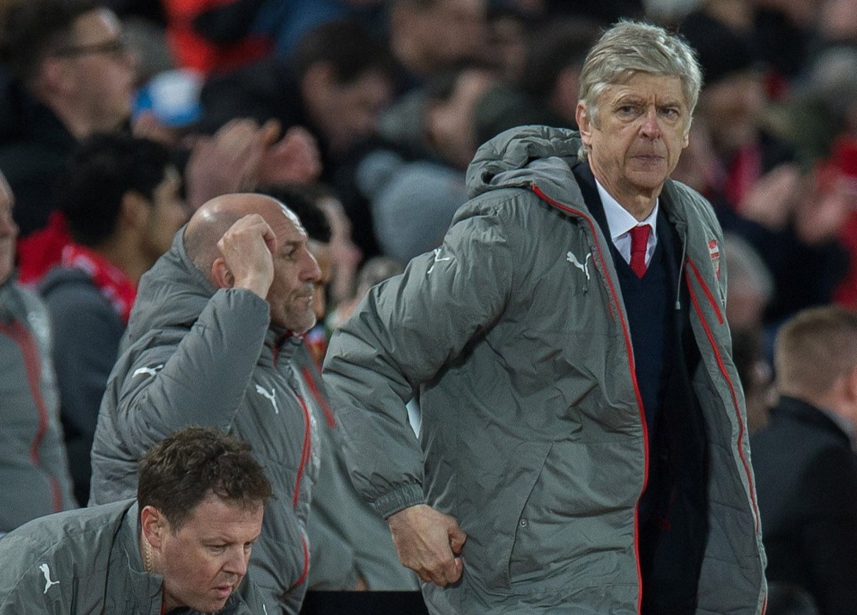 Wenger Rules Ozil Out Of Bayern Clash, Denies Sanchez Row