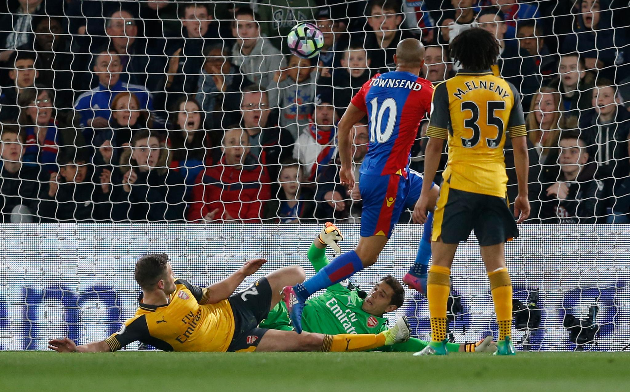 Crystal Palace Humiliate Arsenal, Dent Top Four Hopes
