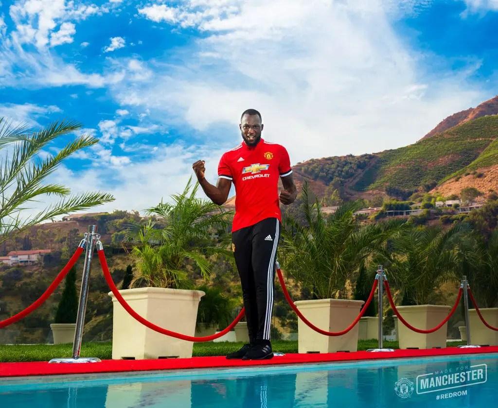 Man United Unveil £75m Romelu Lukaku