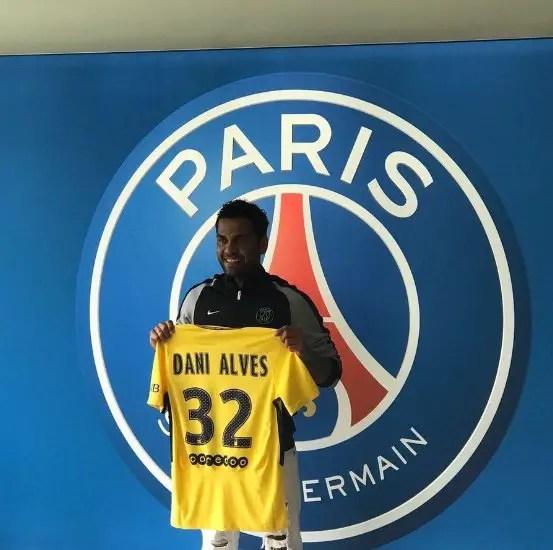 PSG Confirm Dani Alves Signing On Free Transfer