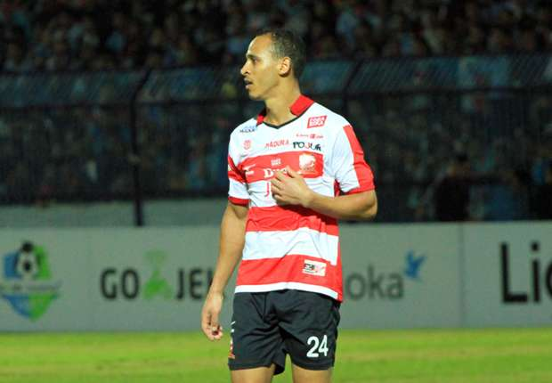 Indonesian League: Odemwingie Fires Blanks  In Madura United's Away Draw