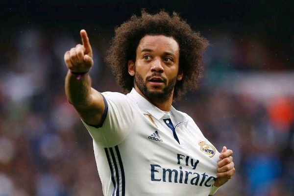Marcelo Signs New Deal With Real Madrid