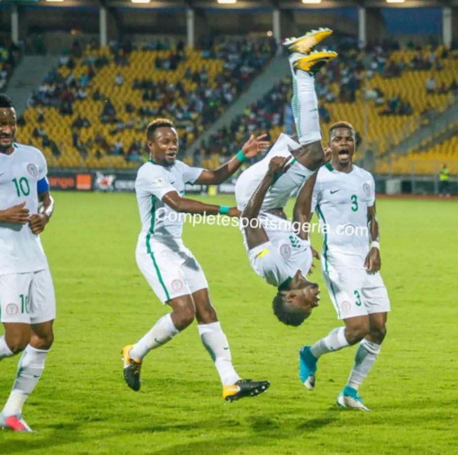 Enyeama Returns To Training, Praises Super Eagles