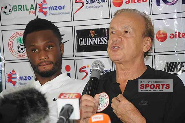 Rohr: Super Eagles Won't Lose To Iceland, Hot Weather Could Favour Us
