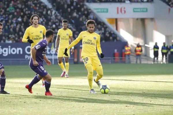 Neymar Scores As PSG Scrape Past Toulouse