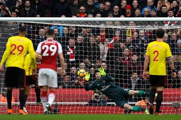 Iwobi Stars, Cech Keeps 200th Clean Sheet As Arsenal Stay Sixth