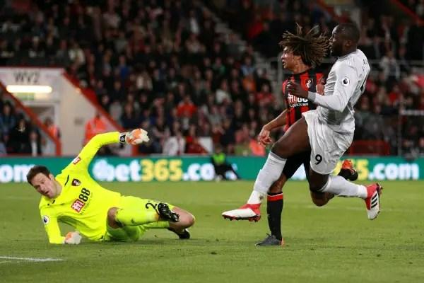 Smalling, Lukaku Score As Man United Ease Past Bournemouth