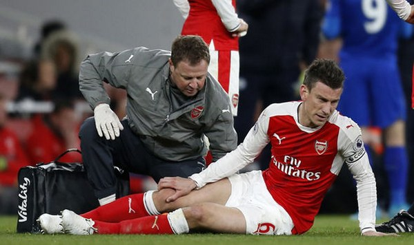 Arsenal Vice Captain Koscielny Out For Six Months Over Injury