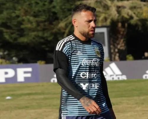 Argentina Defender Otamendi Cops Groin Injury In Training